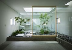Japanese home features indoor garden room « Japanese architects Suppose Design Office have designed a unique home in Nagoya, Japan with a garden room in the middle of the house. The home has been sited on a narrow plot surrounded by neighboring Japanese Interior Design, Home Interior Design, Interior Architecture, Interior Ideas, Garden Architecture, Interior Designing, Tree Interior, Asian Interior, Contemporary Interior