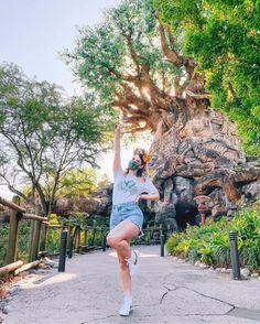 Having a Wild Time🦒 Disney Trips, Disney Parks, Walt Disney World, Park Pictures, Disney Pictures, Disney Aesthetic, World Photo, Photo Location, Disney Outfits