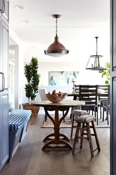 Hollywood Hills Transitional - traditional - Dining Room - Los Angeles - Janette Mallory Interior Design Inc.