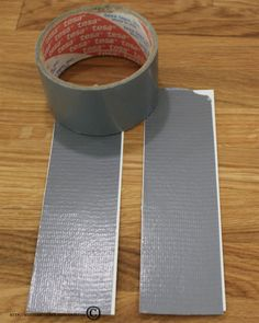 So here´s a little tutorial on how I made the inspirational duct tape card for the tape challenge at The Flying Unicorn. I used a 2 inch wide duct tape that I taped on two pieces of aquarelle paper...