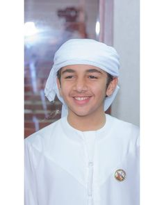 Dubai, Handsome Arab Men, Prince Mohammed, Love You Very Much, Handsome Prince, My Prince Charming, Girl Hijab, Boyfriend, Sheik
