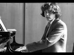 Zoltan Kocsis plays Rachmaninoff Piano Concerto no. 2 - live 1984 - YouTube