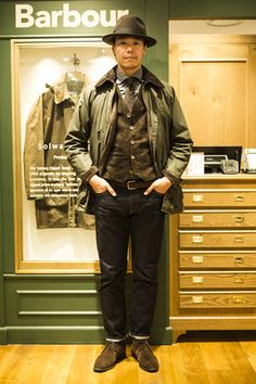 Explore the barbour collection at Harrods. Mr Style, Looks Style, Men Fashion Show, Mens Fashion, Style Masculin, Barbour Jacket, Preppy Men, Fashion Branding, How To Look Better
