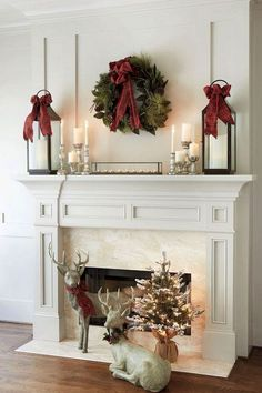 Nice 75 Beautiful Christmas Mantel Decoration Ideas https://roomodeling.com/75-beautiful-christmas-mantel-decoration-ideas