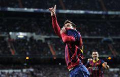 IlPost - Lionel Messi del Barcellona bacia la maglia dopo aver segnato. (Getty Images) - Lionel Messi del Barcellona bacia la maglia dopo aver segnato. (Getty Images)