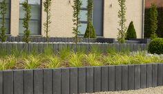 Afbeeldingsresultaat voor stone and style palisades Garden Edging, Decoration, Outdoor Spaces, Recherche Google, Design Ideas, Gardens, Patio, Grasses, Garden Deco