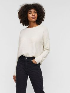Long sleeved blouse | VERO MODA Nylons, Leggings, Models, Winter Accessories, M Color, Blouse, Wool Blend, Casual Outfits, Female