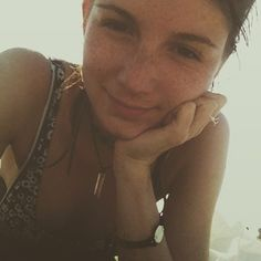 freckles, beachgirl