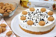La cheesecake agli amaretti senza cottura è un dolce profumato e cremoso, che si prepara in pochi minuti. Ecco la ricetta e tante varianti