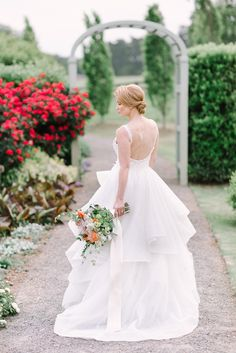 Inspiration Worldwide - Our Theory: Wedding planning should be an experience full of joy and beauty. Top notch vendors and inspiration from around the world. Mountain Weddings, Theory, Wedding Planning, Wedding Inspiration, Flower Girl Dresses, Bridal, Wedding Dresses, Blog, Beautiful