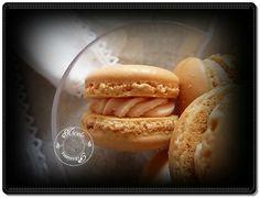 macarons meringue française, ganache montée arôme noix et whisky sans alcool..