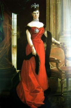 Maria Feodorovna (26 November 1847 – 13 October 1928), born Princess Dagmar of Schleswig-Holstein-Sonderburg-Glücksburg and later Princess Dagmar of Denmark - Empress consort of Russia as spouse of Emperor Alexander III. Sister of Queen Alexandra. Her son was the last Russian monarch, Emperor Nicholas II, whom she outlived by ten years - wearing convertible Cartier tiara