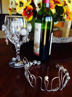 Hey, I found this really awesome Etsy listing at https://www.etsy.com/listing/118936106/2-pcs-bride-wine-glass-and-tiara-for-the