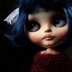 Custom Doll for Adoption by Iriscustom  CHECK HERE  http://etsy.me/2yD7S1y  #dollycustom #blythecustom #blythecustomizer #blytheooak