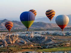 Travel Blogger Indonesia - Jalan2Liburan: Terbang Dengan Balon Udara Menikmati kota Cappadocia
