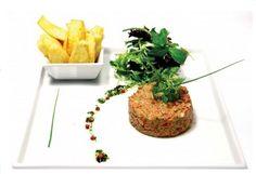 steak tartar comida francesa. receitas tipicas do www.mundoemsabores.com.br