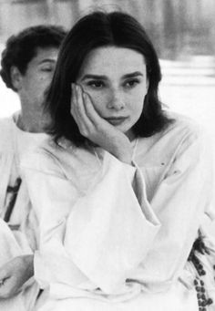 audrey on the set of The Nun's Story 1959