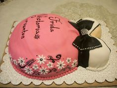 Such A Cute Idea For A Baby Shower Cake When It's Gonna Be A Girl =)