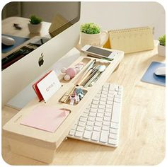 Check out this neat idea for your home office! Wooden Keyboard Shelf, Creative Home Office Organizing Ideas, Home Office Organization, Organization Hacks, Organizing Ideas, Office Storage Ideas, Office Ideas For Work, Organizing Paperwork, Wooden Desk Organizer, Ideas Para Organizar, Home Office Space