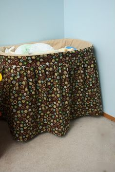Bassinet Cover, this one has measurements! DIY Bassinet Cover