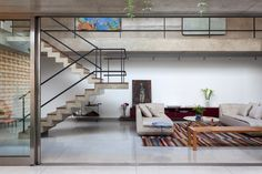 Image 19 of 52 from gallery of Jardins House / CR2 Arquitetura. Photograph by Fran Parente