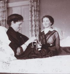 How unusual: both Alexandra and oldest daughter Olga smiling. Were they sharing an amusing moment? Beautiful.