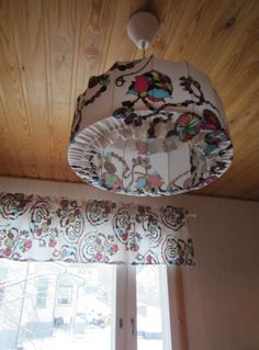 Tee-se-itse-naisen sisustusblogi: DIY Fabric Window Shade And Lamp Shade