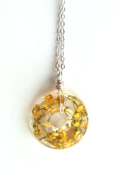 Yellow Baby's Breath  Necklace  Real Baby Breath in от ScrappinCop