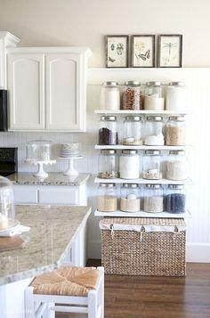 Cool 44+ Wonderful Farmhouse Kitchen Ideas Design With Rustic https://livingmarch.com/44-wonderful-ideas-design-rustic-kitchen/
