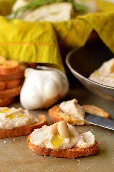 Roasted Garlic and Truffle White Bean Spread | Coffee and Quinoa