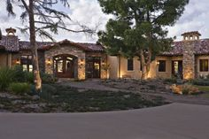 Love the long one story ranch style homes instead of two story homes