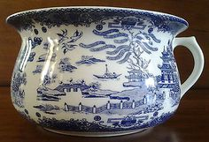 Vintage Blue Willow ~ Regal ~ Porcelain Chamber Pot ~ Made In England in Pottery & Glass   eBay