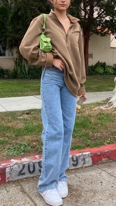 Adrette Outfits, Indie Outfits, Cute Casual Outfits, Retro Outfits, Jean Outfits, Fall Outfits, Vintage Outfits, Vintage Jeans, Tomboy Winter Outfits