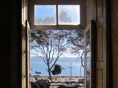 inside Porto | window Douro