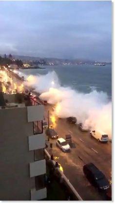 Huge waves flood coastal Viña del Mar, Chile -- Earth Changes -- Sott.net