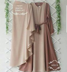 Jb SYAFIYA SYARI + KHIMAR AQ001 Cocok sekali buat di pakai sehari hari. Baju ini khusus buat kalian yang pengen tampil modis, keren dan elegant Harga : 133.000 Bahan : moshcrepe plus khimar Ukuran : Allsize fit to L  Informasi dan pemesanan hubungi kami SMS/WA +628129936504 atau www.ummigallery.com  Happy shopping Gamis Simple, Mocca, Bridesmaid Dresses, Wedding Dresses, Hijab Fashion, Duster Coat, Like4like, Kimono Top, Zipper