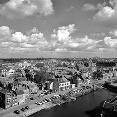 Dordrecht<br />Dordrecht: Een prachtig panorama met een mooi uitzicht over Dordt uit 1967