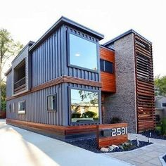 Looking for how to renovate shipping container into house, Shop, Garage or Workshop? Here are extensive shipping Container Houses Ideas for you! shipping container homes Prefab Container Homes, Shipping Container Home Designs, Building A Container Home, Shipping Containers, Storage Container Homes, Shipping Container Buildings, Sea Container Homes, Container Home Plans, Shipping Container Interior