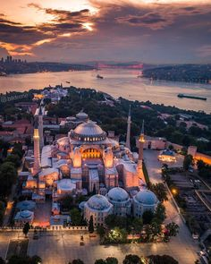 its all about the beauty of world Turkey Resorts, Turkey Destinations, Turkey Culture, Places To Travel, Places To Visit, Pictures Of America, America City, Hagia Sophia, Islamic Architecture