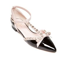 Kate Spade New York Black Becca Pointed Toe Ballet Flat - Extended... ($378) ❤ liked on Polyvore featuring shoes, flats, black, black ballet shoes, ballet pumps, t strap flats, pointed-toe flats and pointy toe ballet flats