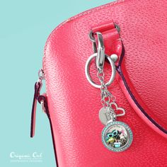 Take me to New York!  Don't forget your Bag Clip + Key Chain when you go!