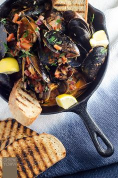Cozze Pomodoro e Peperoncino - Chilli Tomato Mussels | La Cucina Italiana - De Italiaanse Keuken - The Italian Kitchen | Scoop.it