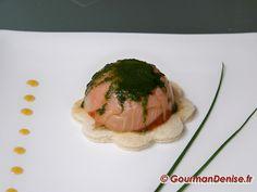 Dômes de saumon fumé et leur vinaigrette verte