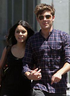 Vanessa Hudgens et Zac Efron à Hollywood, le 29 juillet 2010