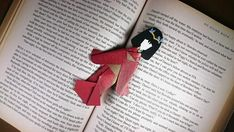 Cute Bookmarks, Geisha Art, Japanese Paper, Book Lovers Gifts, Red Gold, Paper Dolls, Origami, Oriental, Kimono