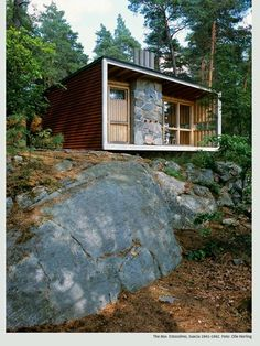 Oh I am obsessed with tiny houses.
