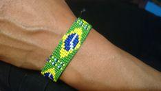 "Loom beaded bracelet ""Brasilian flag"" / Beaded bracelet with waxed cord Seed Beads, Loom, Flag, Beaded Bracelets, Japanese, Closure, Easy, Jewelry, Loom Bracelets"