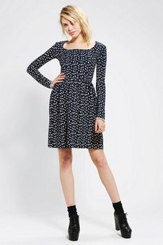 Urban Outfitters - FAMILY AFFAIRS Life On Mars Long-Sleeve Knit Dress