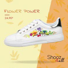 Λευκά sneakers με flower prints #shooz4all #sneakers #flower