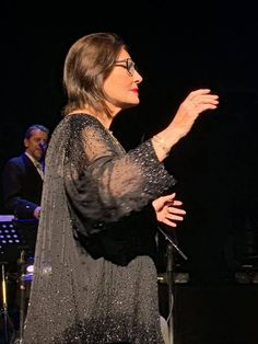 Nana Mouskouri, Her Music, Diva, Singer, Entertaining, People, Fashion, Floor, Moda